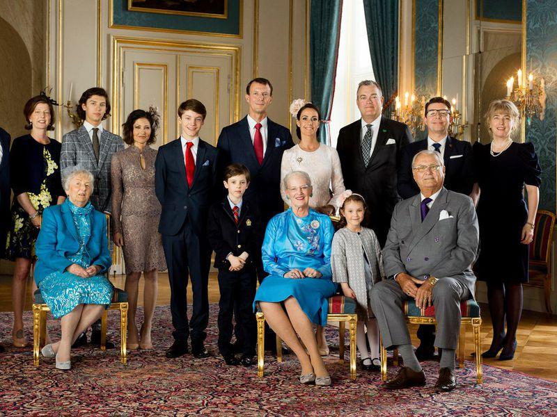 Экскурсия Старейшая монархия в мире