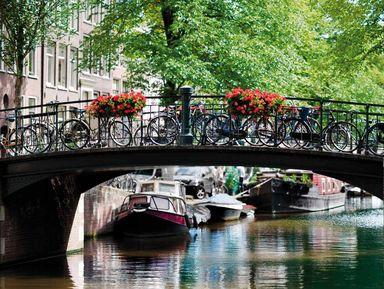 По Амстердаму на лодке с капитаном