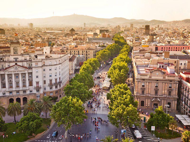 Экскурсия Фотосессия и прогулка по старинной Барселоне
