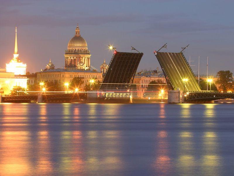Экскурсия «Серебряный город на золотом горизонте, где вечер белеет рассветом»