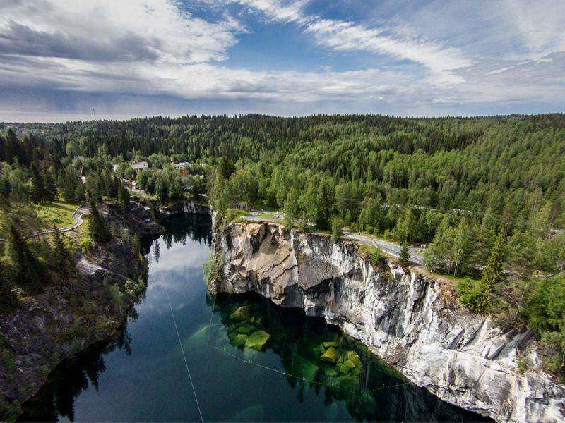 Экскурсия Из Петербурга в горный парк Рускеала