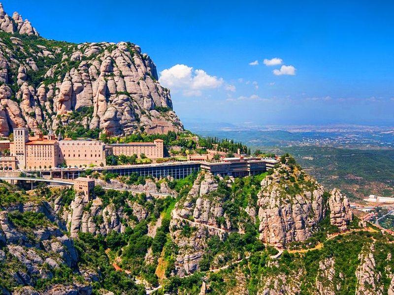 Экскурсия Духовный символ Каталонии— монастырь Монтсеррат