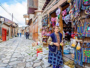 Средневековый Азербайджан: мавзолей Дири Баба идеревня Лагич