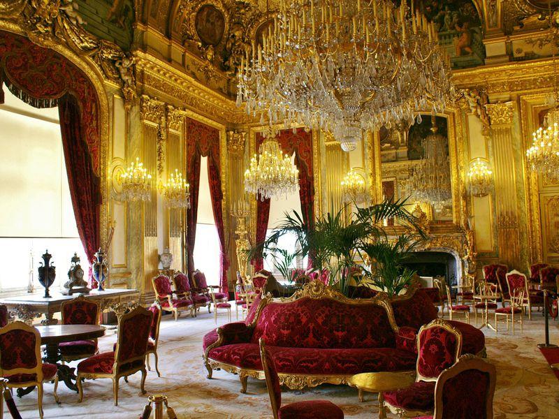 Главные сокровища Лувра за 2 часа
