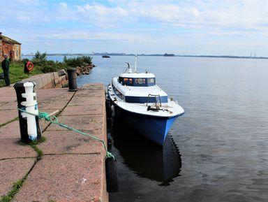 На катере к старинному форту «Граф Милютин»!
