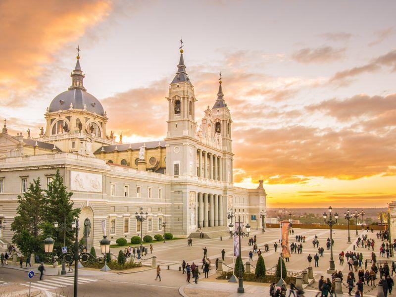 Мадрид — солнечные ворота Европы