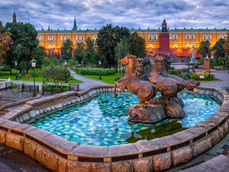 Экскурсия Весь центр Москвы пешком и на автобусе