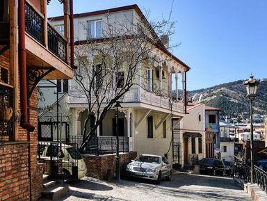 Экскурсия в Тбилиси: «Мне Тифлис горбатый снится...»