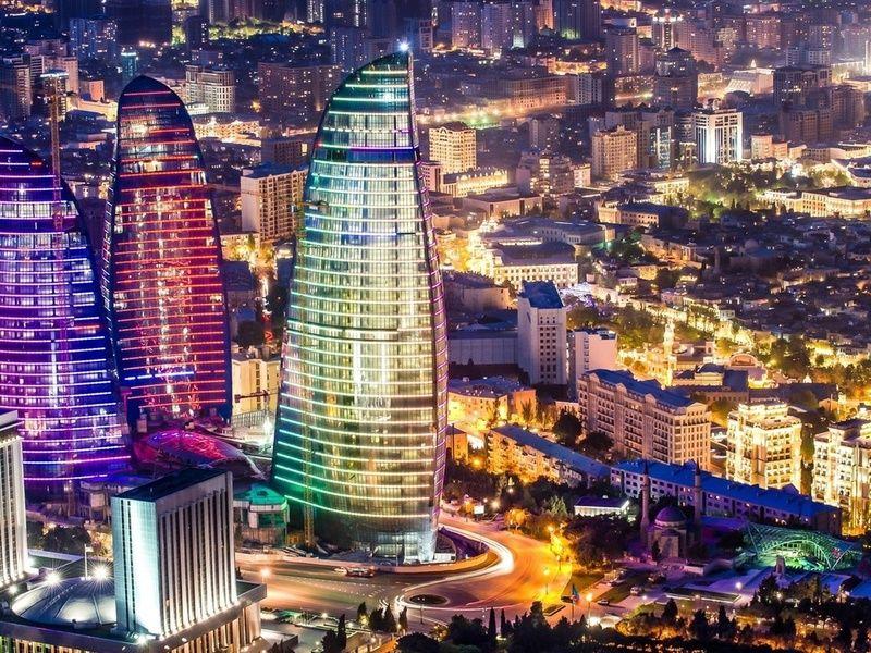 Очарование ночного Баку